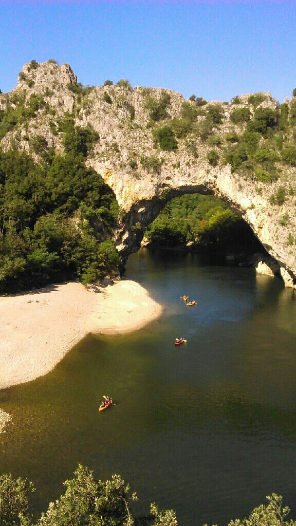 Le Pont d'Arc. Canoë en Ardèche